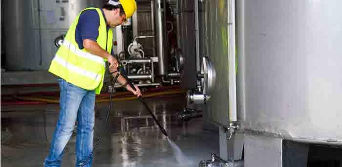 maquinaria-necesaria-limpieza-industrial